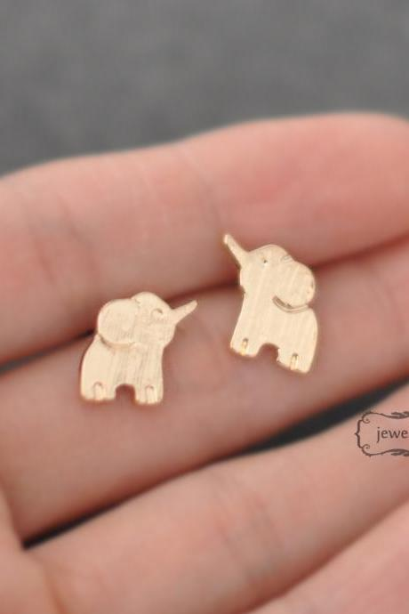 Free shipping-Gold elephant earrings, elephant stud, gold, post earrings, simple Jewelry, lucky jewelry, Elephant Post Earrings